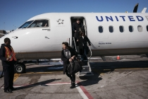 United Airlines Quarterly Profit Drops in Third Quarter
