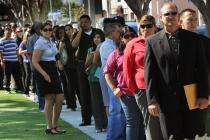США: заявки на пособие по безработице выросли вторую неделю подряд