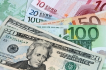 Dollar Weakens, Euro Supported by Hawkish ECB Minutes