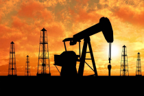 Цена нефти Brent превысила $70 за баррель впервые с января