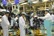 Japan Manufacturing Activity Accelerates but Export Orders Drop - Flash PMI