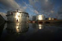 Запасы нефти в США за неделю неожиданно выросли на 2,17 млн баррелей