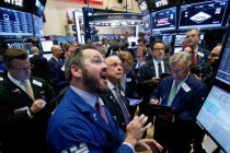 Wall Street Closed Mostly Higher as Boeing Lifts Dow
