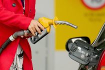 Asia Oil Cost to Surpass $1 Trillion in 2018 as Crude Touches $80 per Barrel