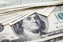 Dollar Strengthens, Supported by Rising U.S. Yields