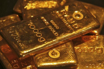 Gold Prices Steady on Increased Risk Appetite Amid Rate Hike Bets