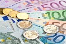 Euro Melambung terkait Meningkatnya Ekspektasi ECB Akan Menurunkan Stimulus