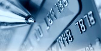 Visa введет бесконтактную оплату покупок до 3 тысяч рублей
